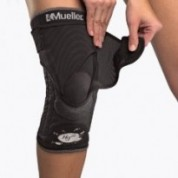 Mueller Hg80 Knee Brace with Steel ...